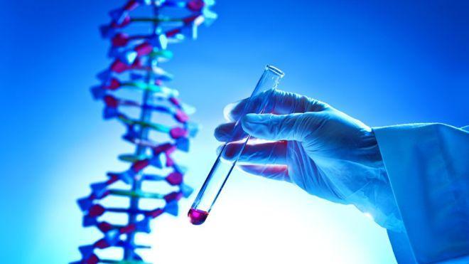 Cómo las pruebas de ADN se convirtieron en un multimillonario negocio y cuáles son los riesgos de entregar tu código genético