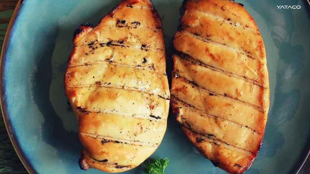 El futuro de la Carne de pollo impresa en 3D y cocinada con láser